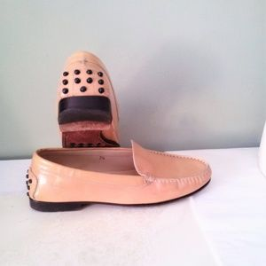 Tod's Driving Loafer Shiny Patent Leather Tan 7.5